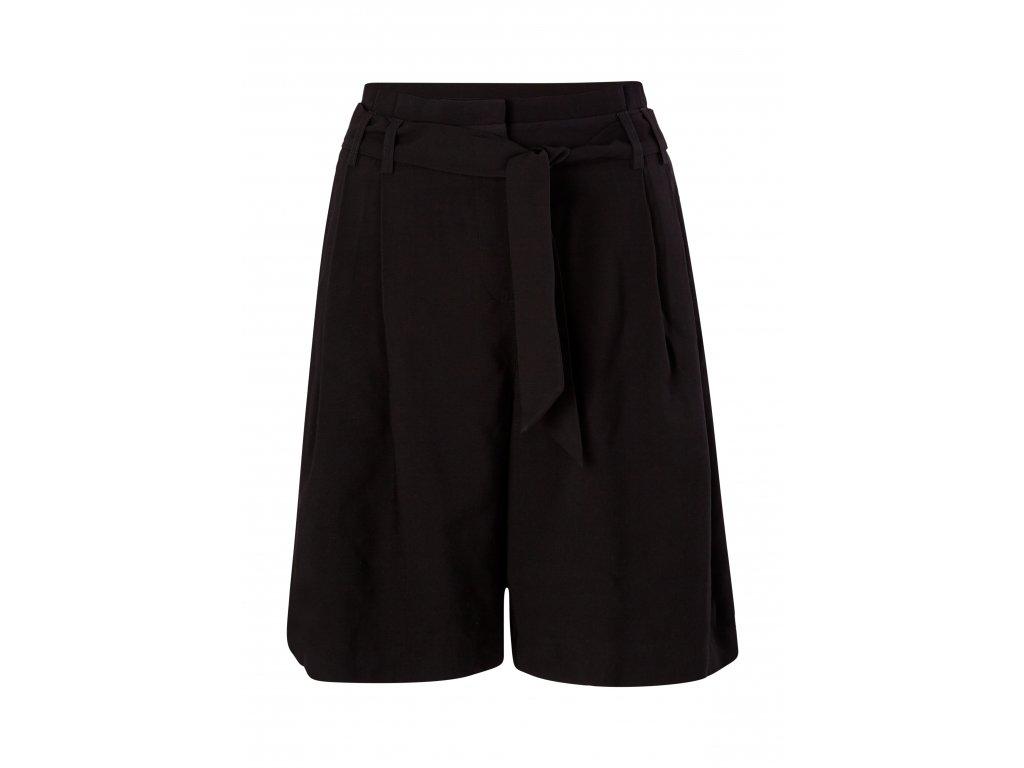 Černé šortky