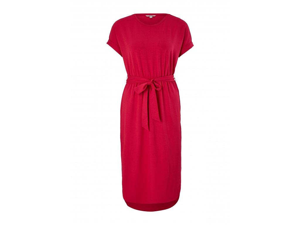Úpletové šaty s páskem