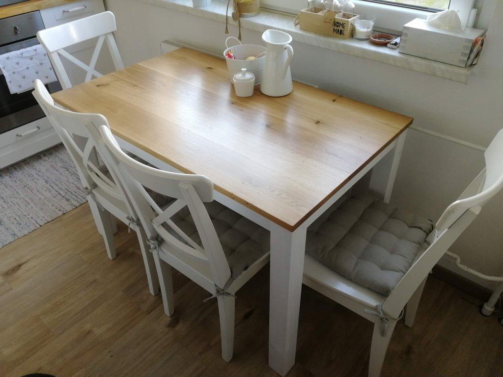Provensálský jídelní stůl