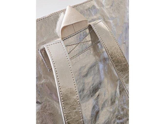 mestsky batoh pratelny papir veganska kuze 1