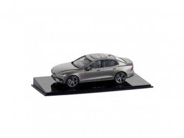 Model vozu V60 Pebble grey