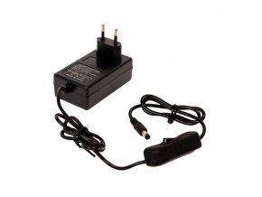 LED zásuvkový zdroj (trafo) s vypínačom 12V 24W