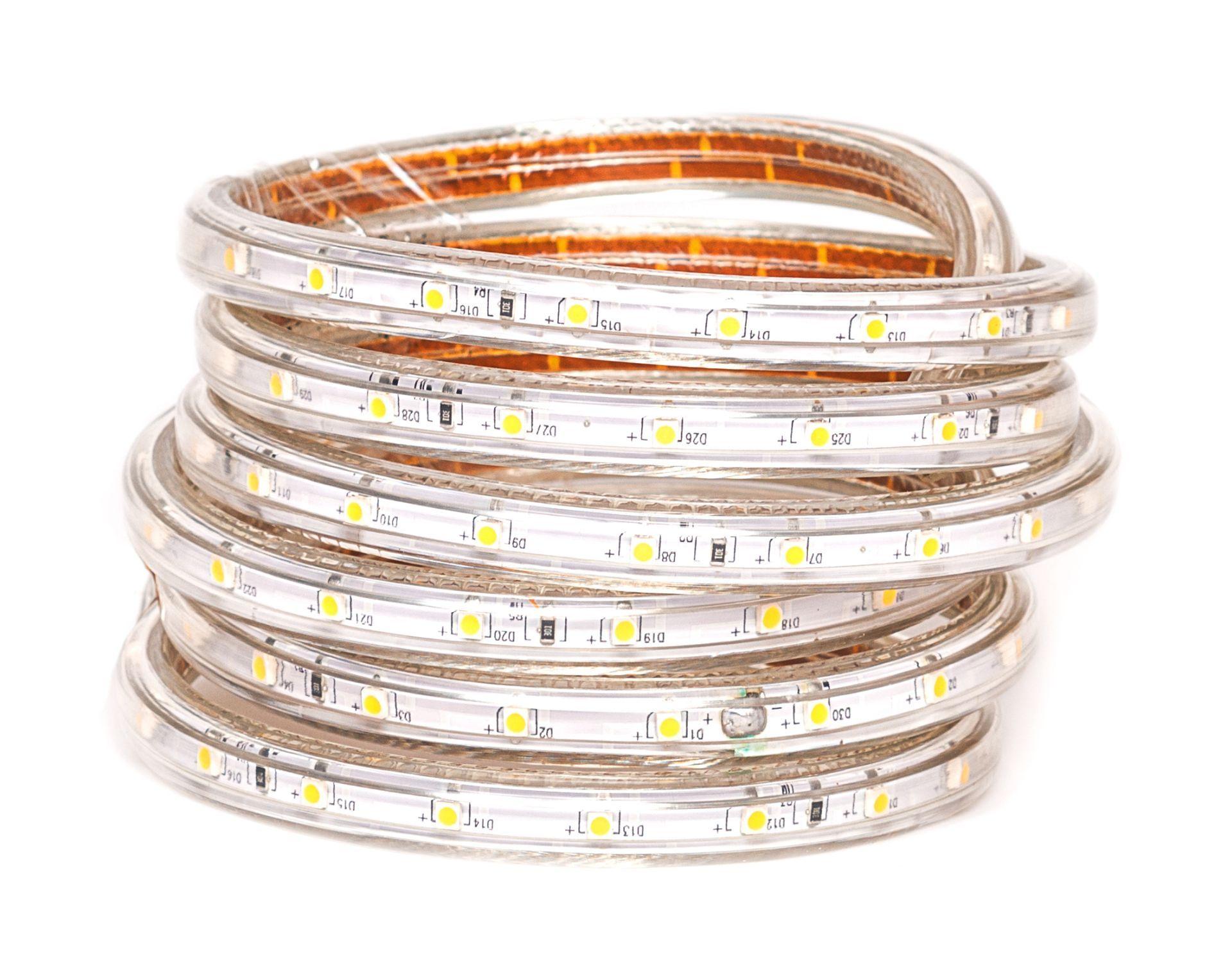 LED pásik 7W/m 230V s krytiem IP67 Farba svetla: Teplá biela