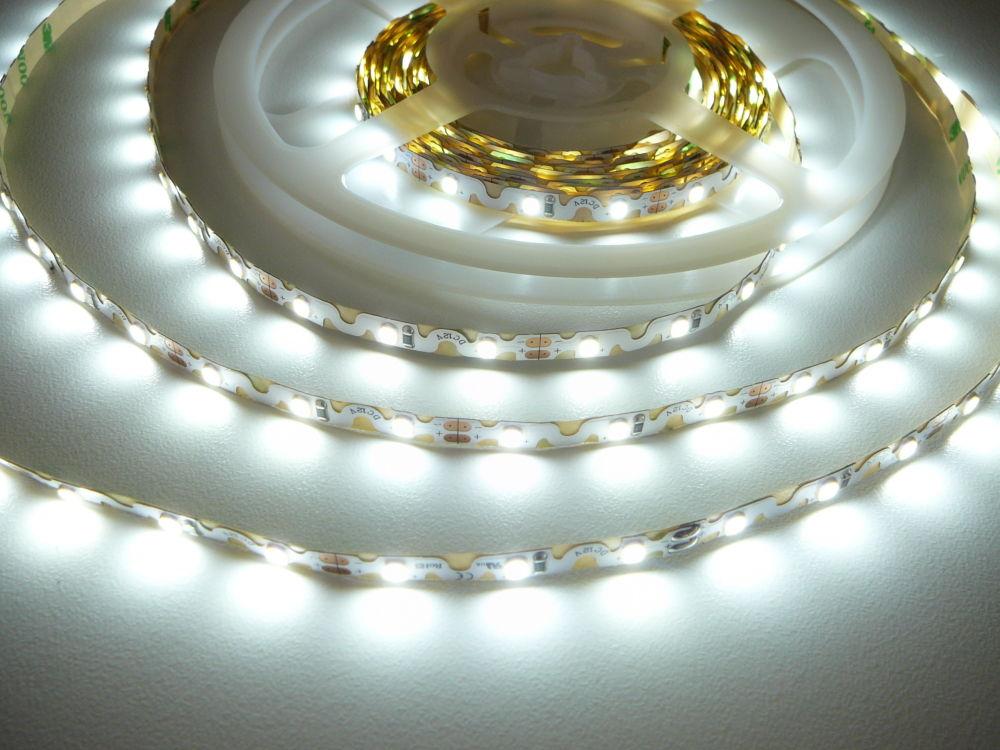 LED Solution Ohybný LED pásik 6,2W/m 12V bez kritia IP20 Farba svetla: Studená biela 07806