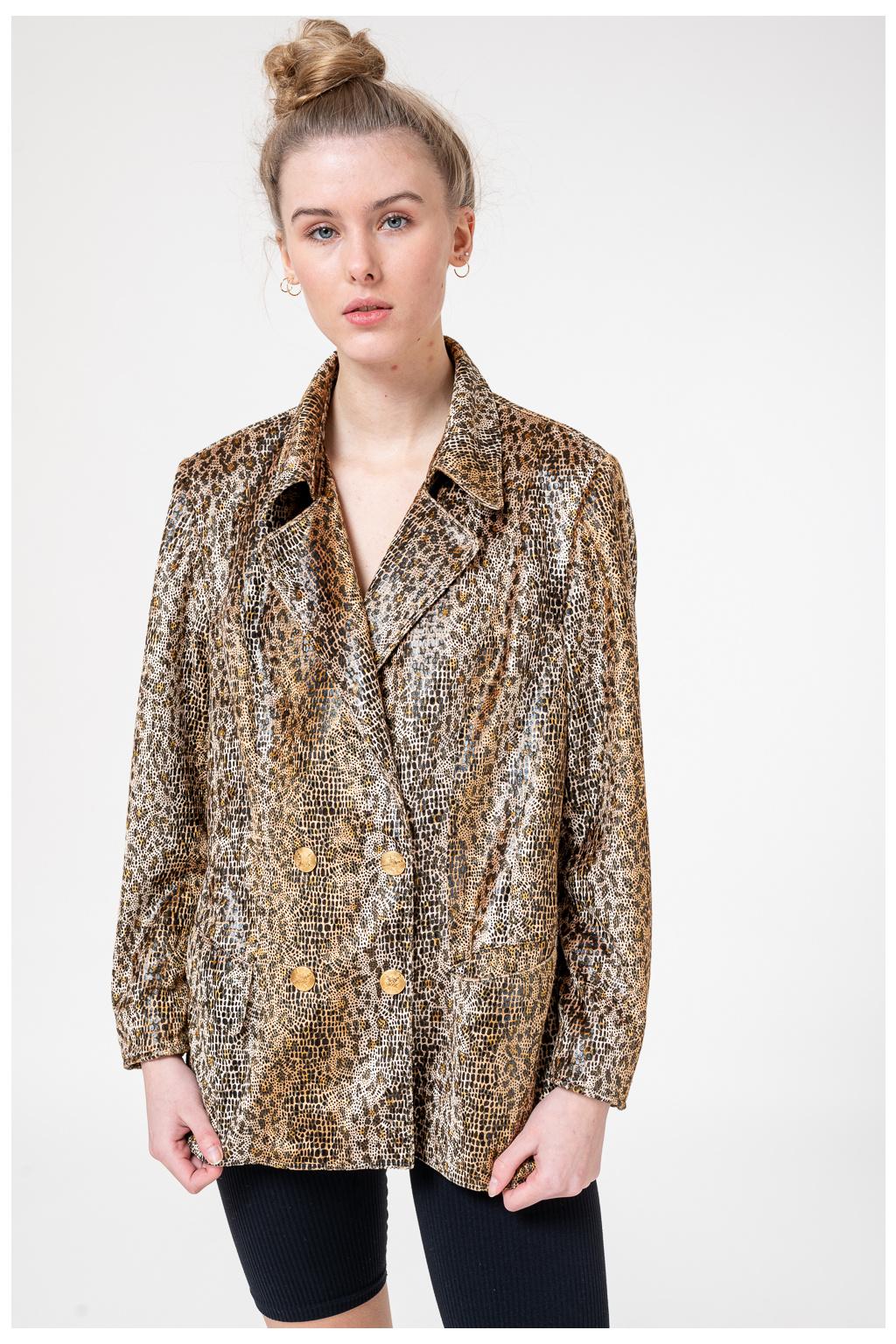Leopardí Sako