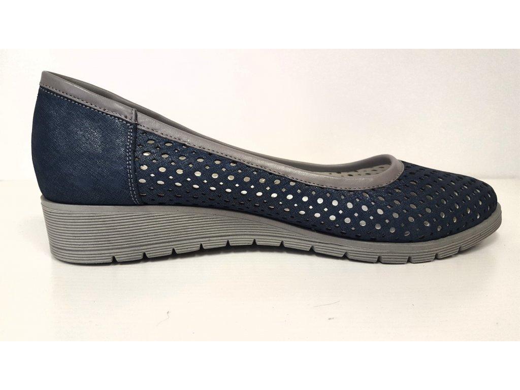 ... Dámské kožené modré děrované vycházkové boty na nízkém klínku HUJO EW  P84 ... 9c69822a6a