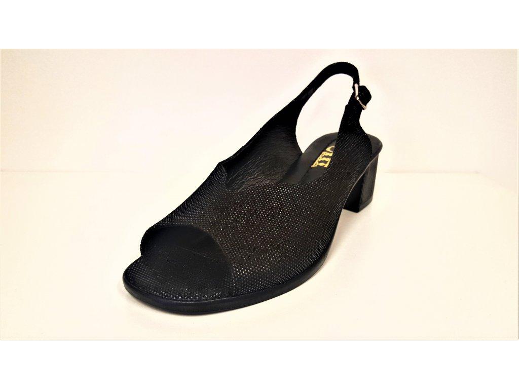 0f5d1a014cea ... LETNÍ boty NA PODPATKU - Černé kožené páskové letní dámské sandály na  nízkém podpatku STEFANO 3719 ...