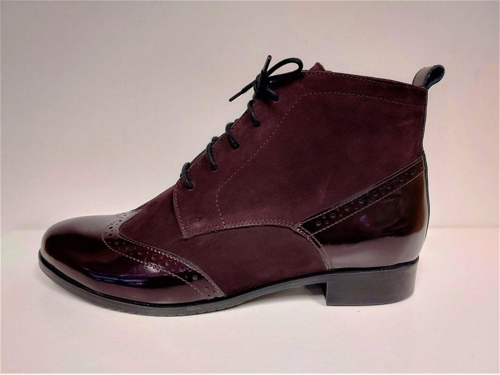 Dámské kožené mírně zateplené bordo kotníkové boty na nízkém podpatku  TRAXIN K2808