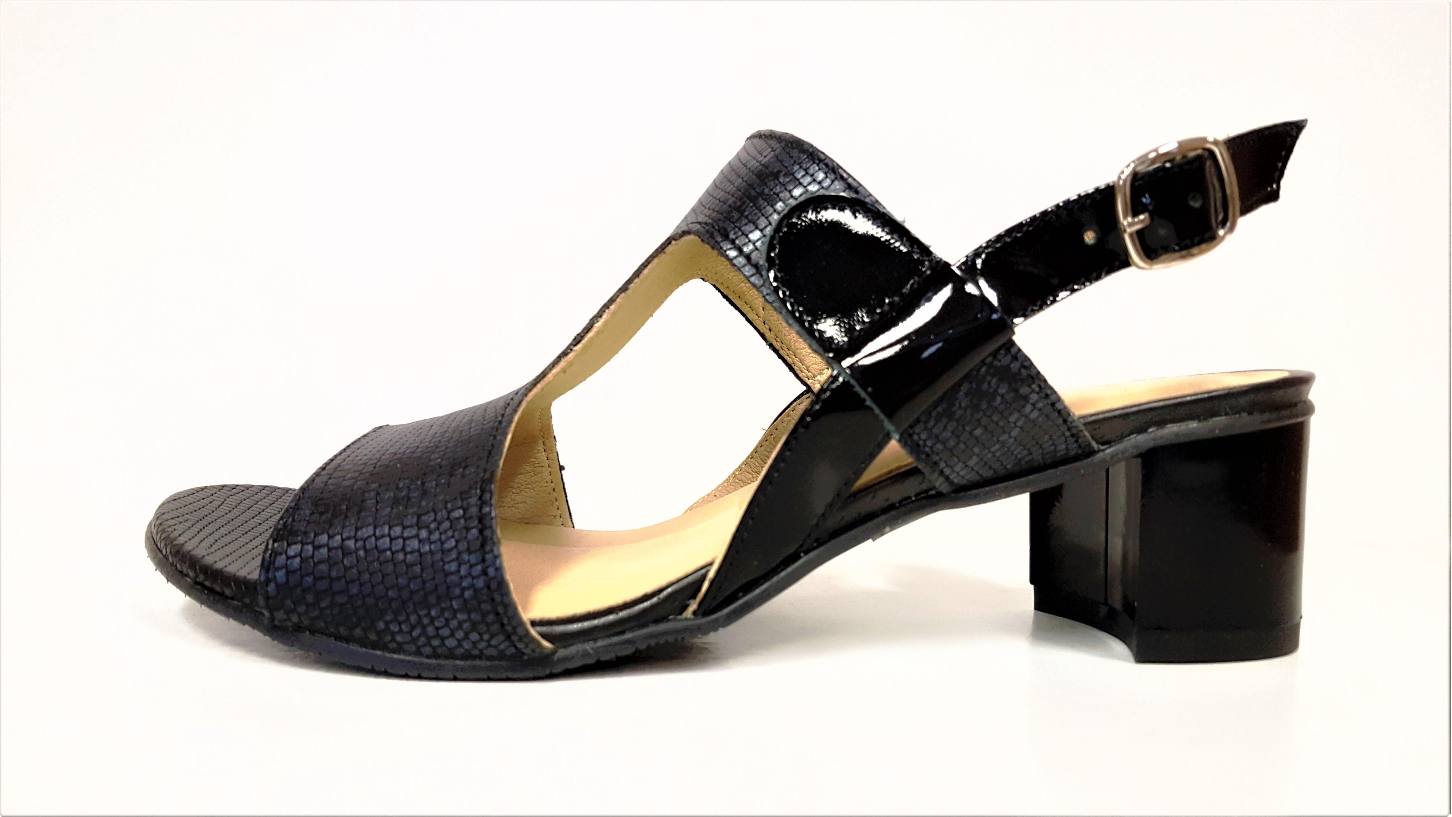 768c00481 KOŽENÉ SANDÁLY - Dámské kožené tmavě modré letní páskové lodičky boty  sandálky na podpatku VENETTI 1168