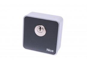 Nice EKS klíčový spínač pro ovládání pohonu brány a vrat klíčem, na omítku
