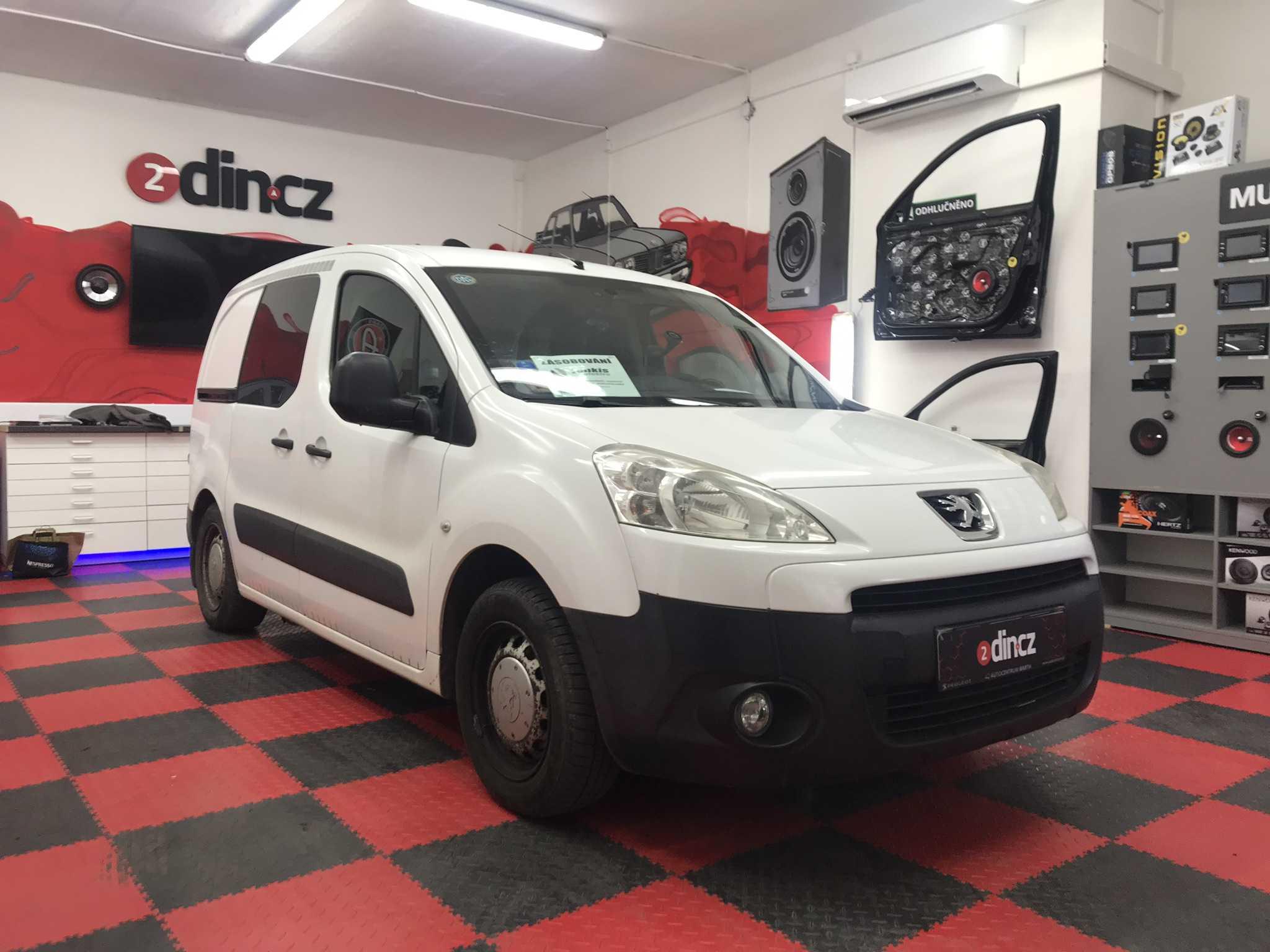 Peugeot Partner - Montáž 2din autorádia
