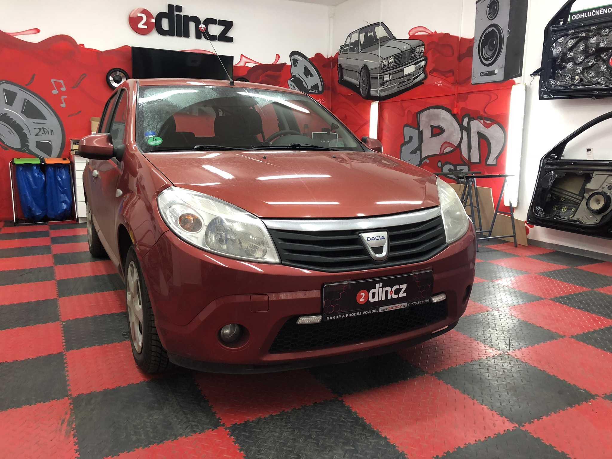 Dacia Sandero - Montáž 1din autorádia