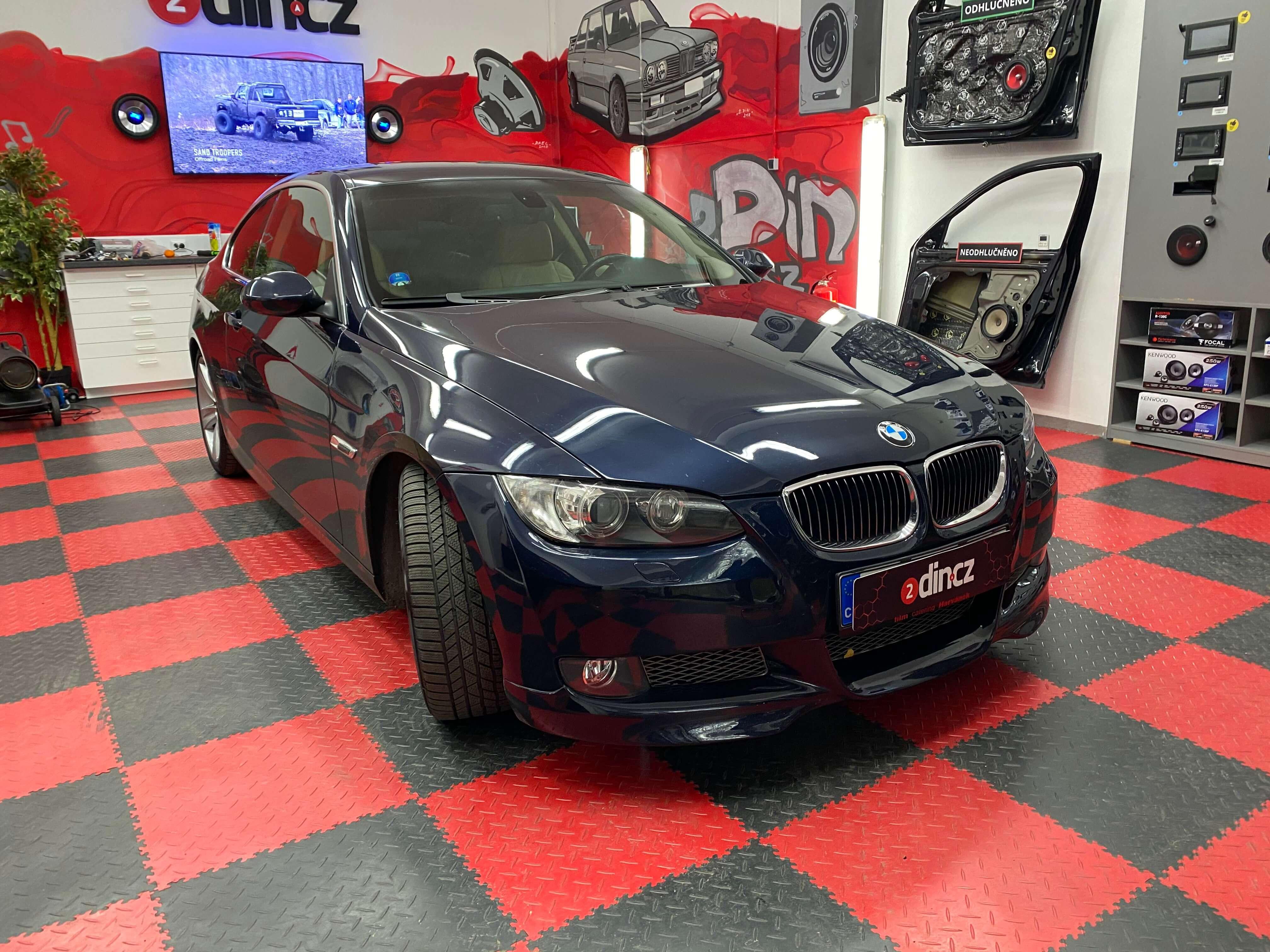 BMW e92 - Montáž speciálního Android autorádia