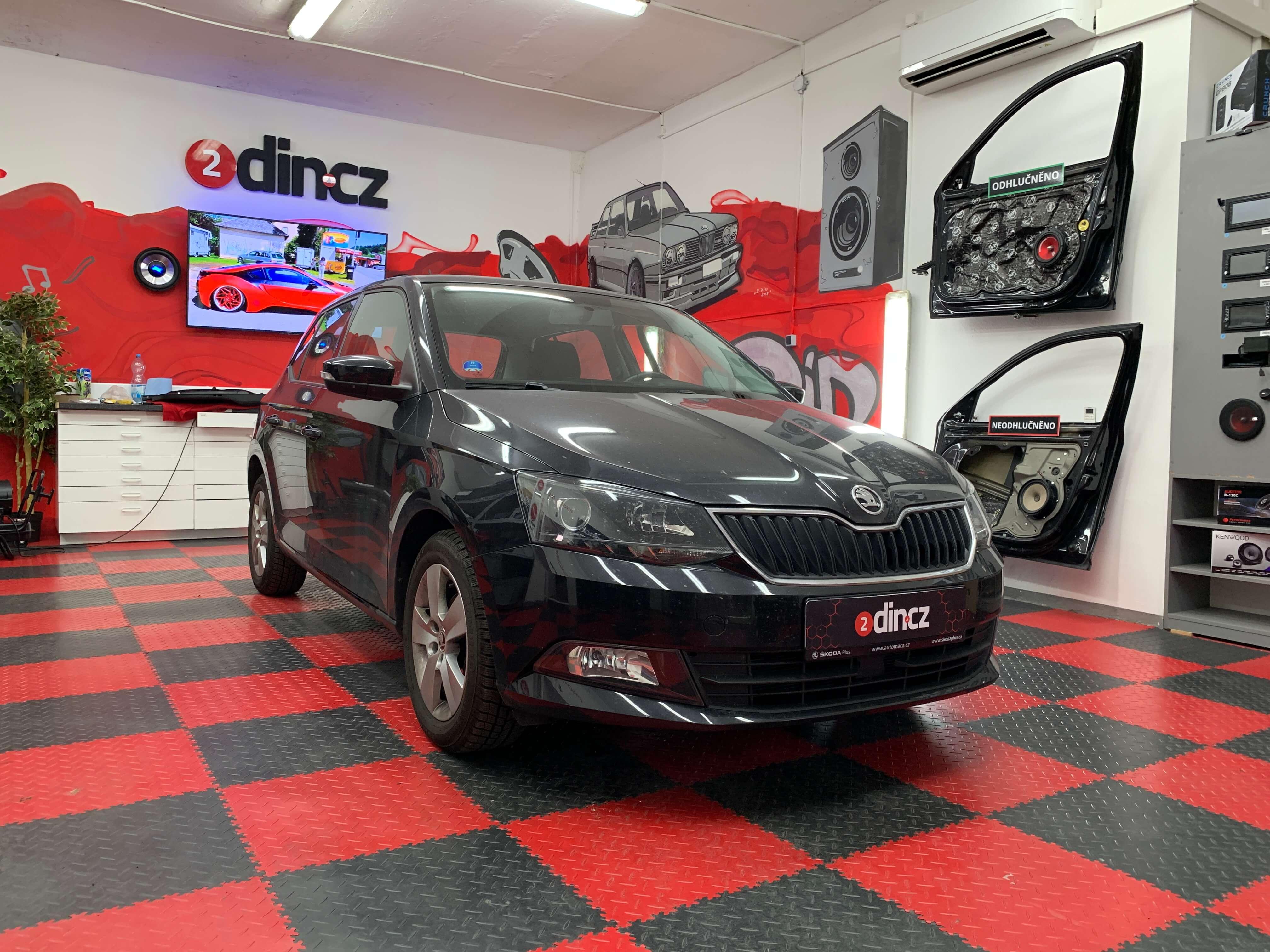 Škoda Fabia III - Výměna autorádia a ozvučení