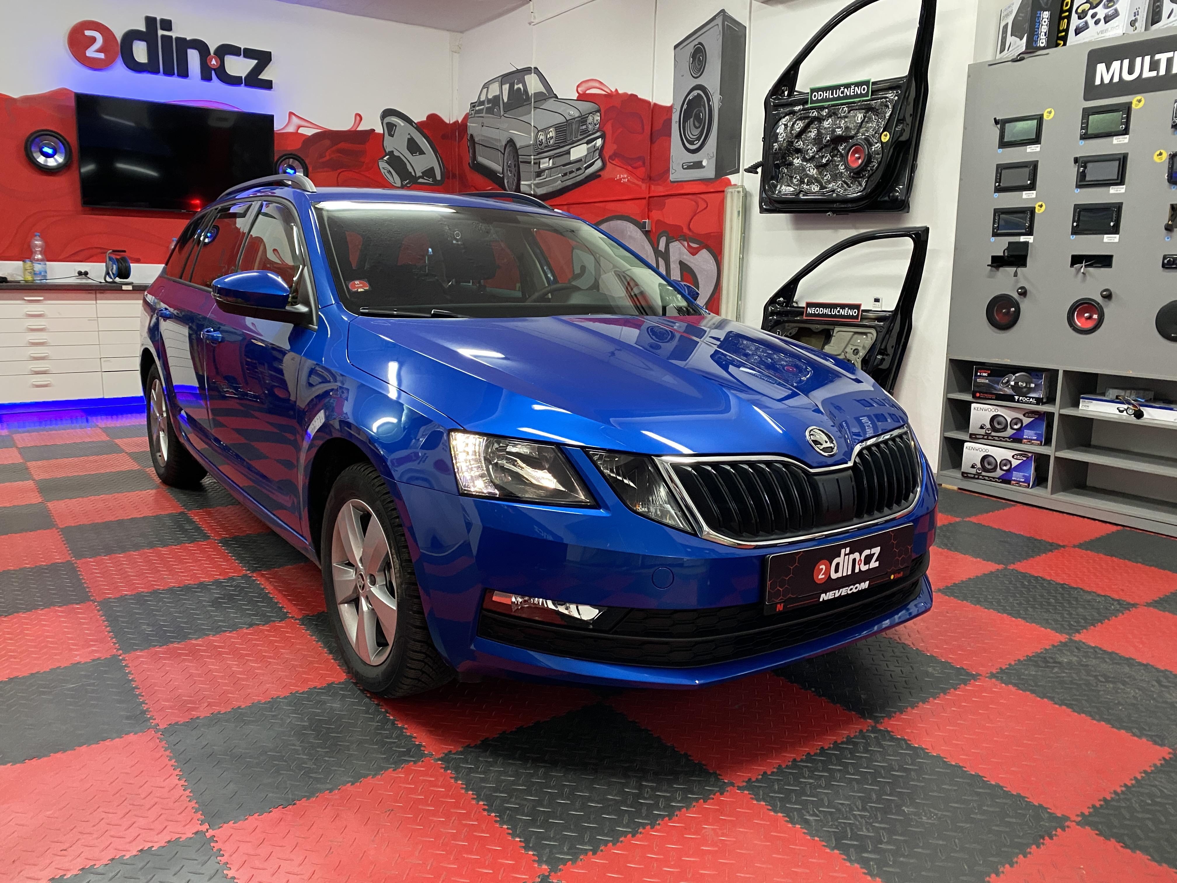 Škoda Octavia III - Výměna reproduktorů a montáž parkovacích senzorů