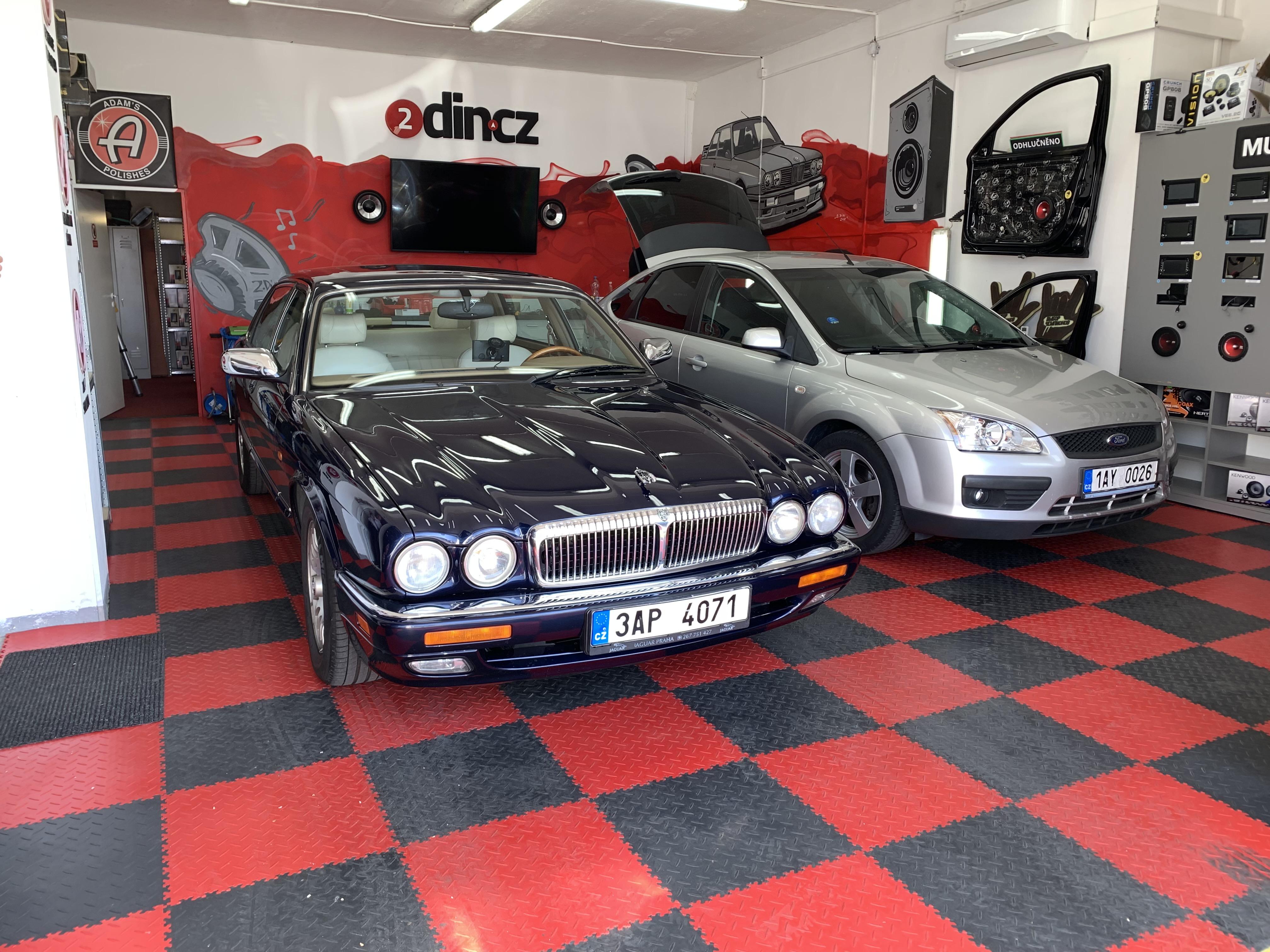 Jaguar - Výměna rádia