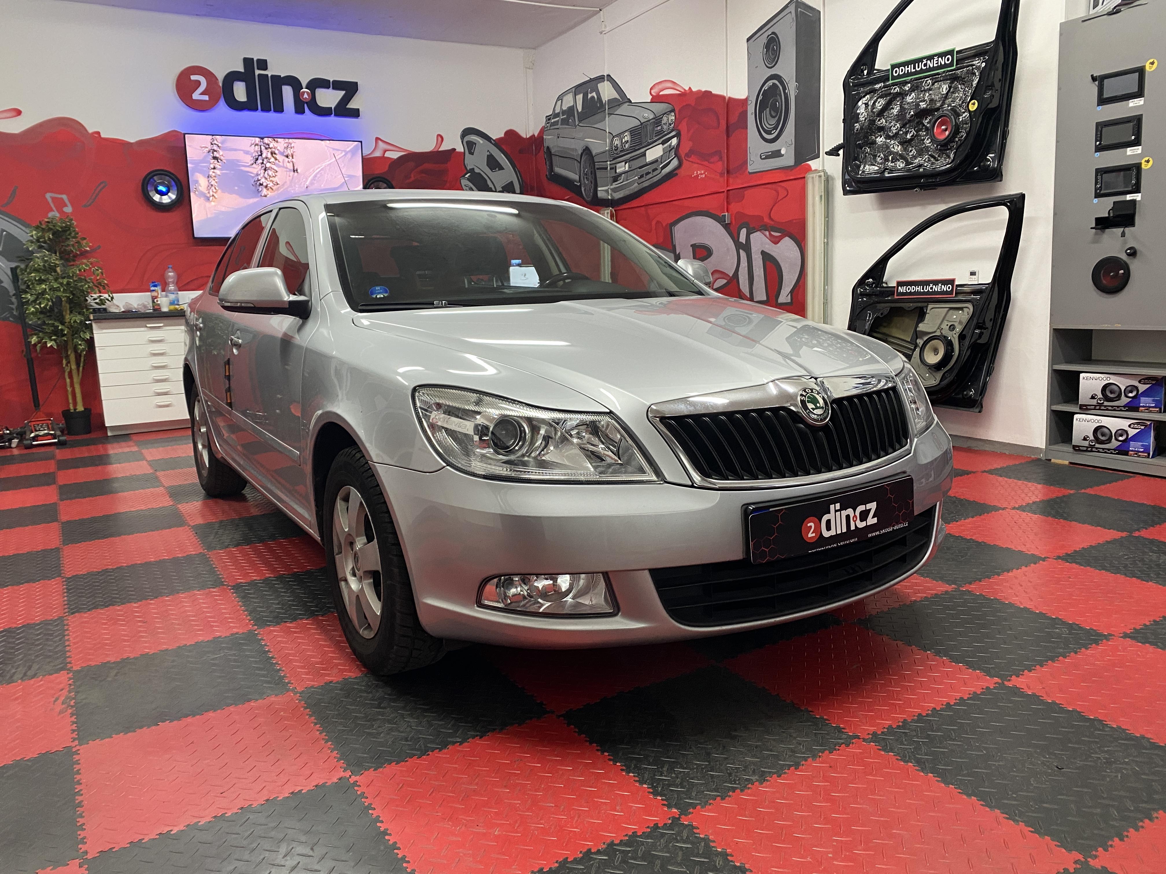 Škoda Octavia II - Výměna autorádia