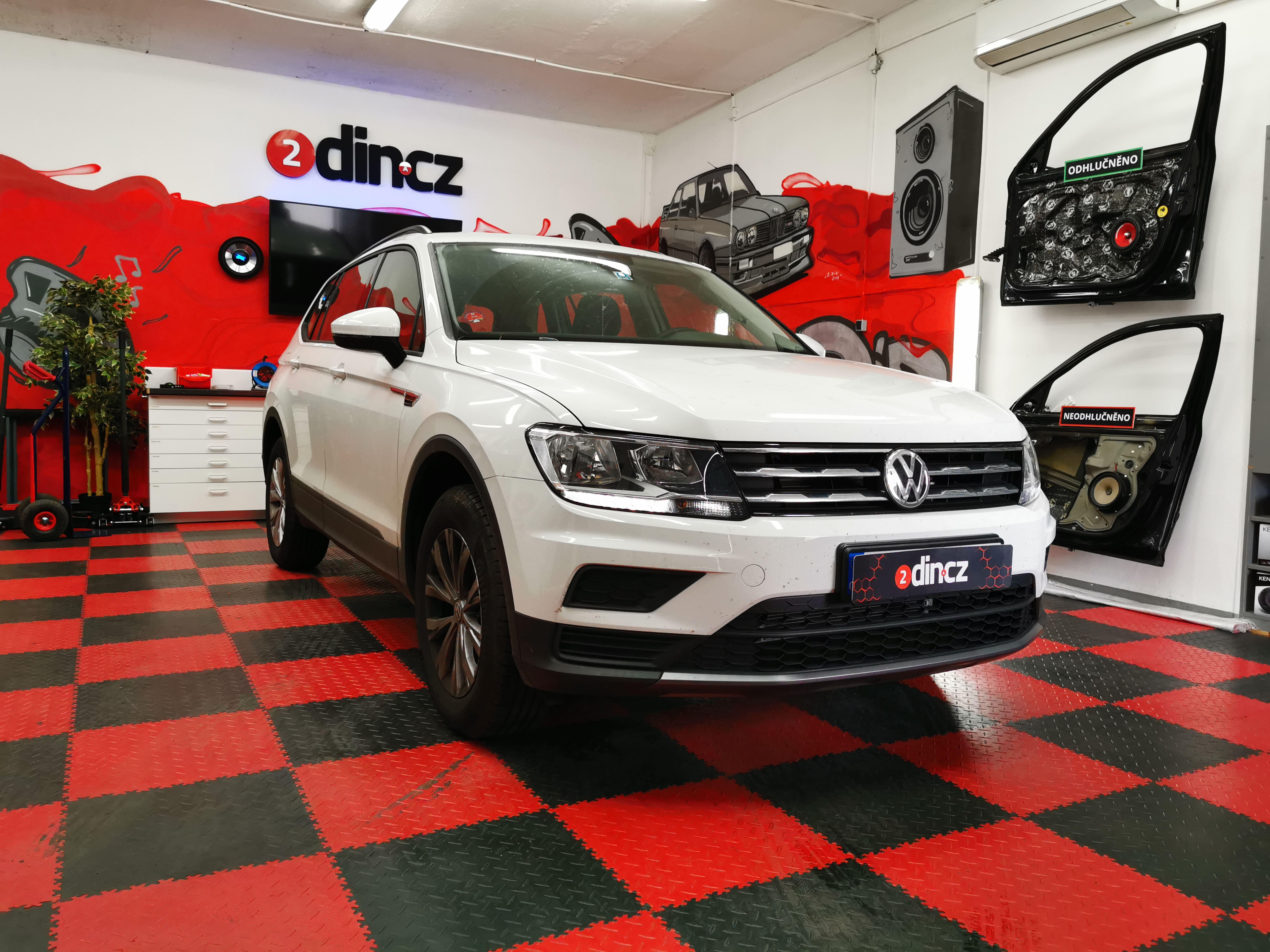 VW Tiguan - Montáž Android Boxu a couvací kamery