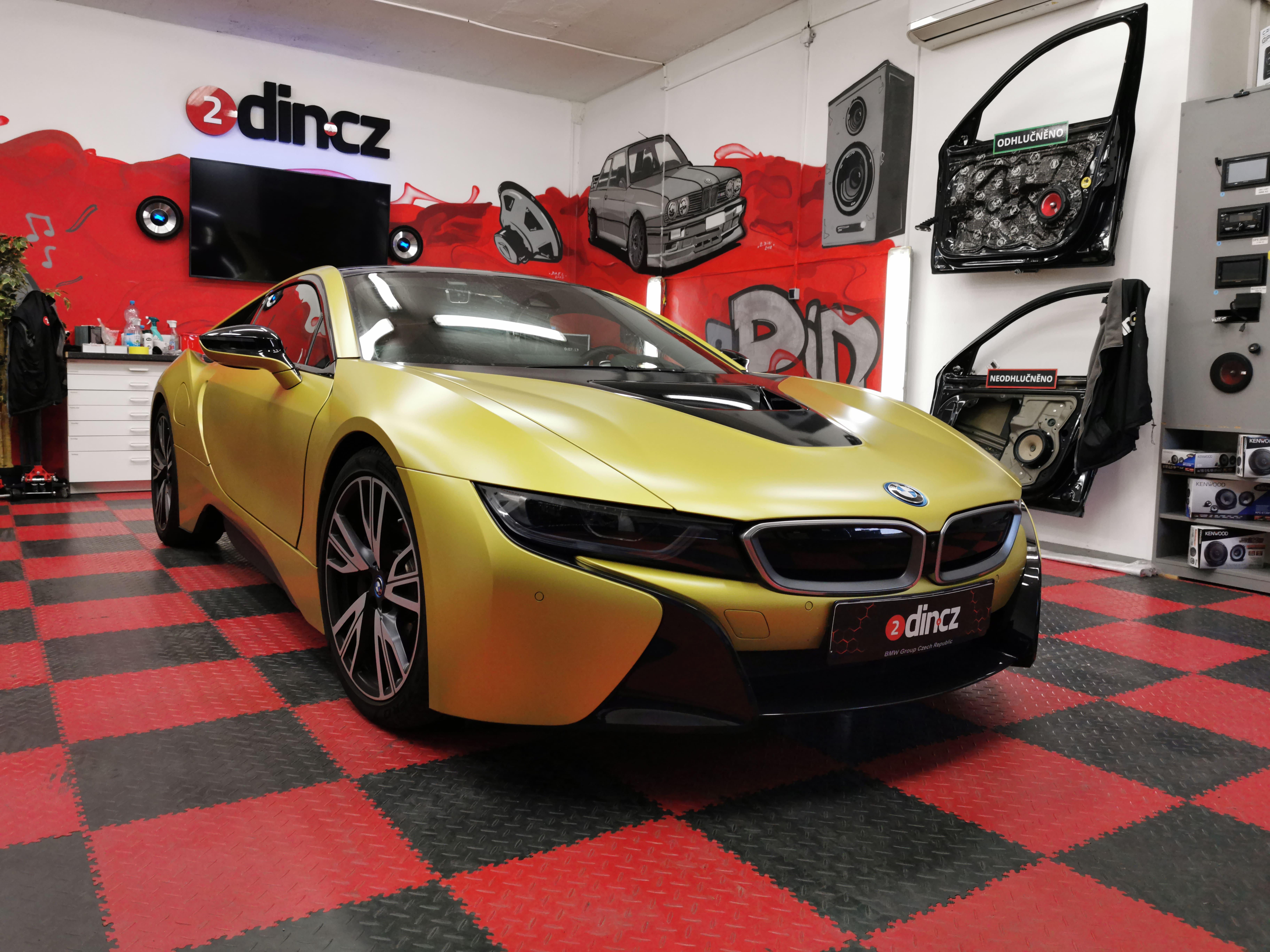 BMW i8 - Předělání sound systému