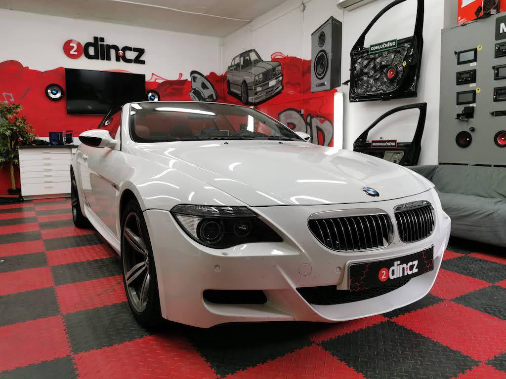 BMW M6 - Výměna předních reproduktorů