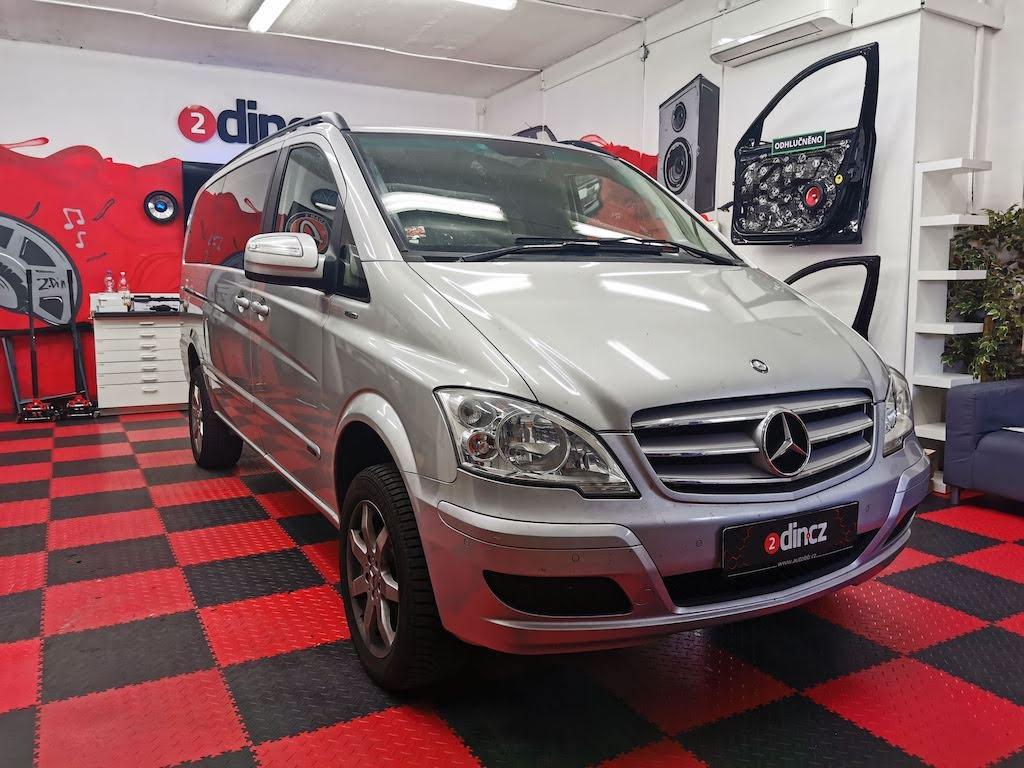 Mercedes-benz Viano - Montáž couvací kamery a zrcátka s LCD
