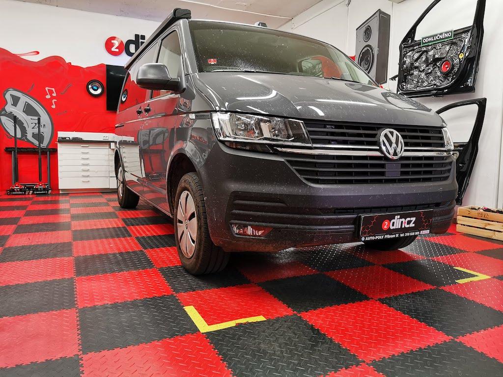 VW Transporter T6.1 - Výměna reproduktorů a odhlučnění dveří