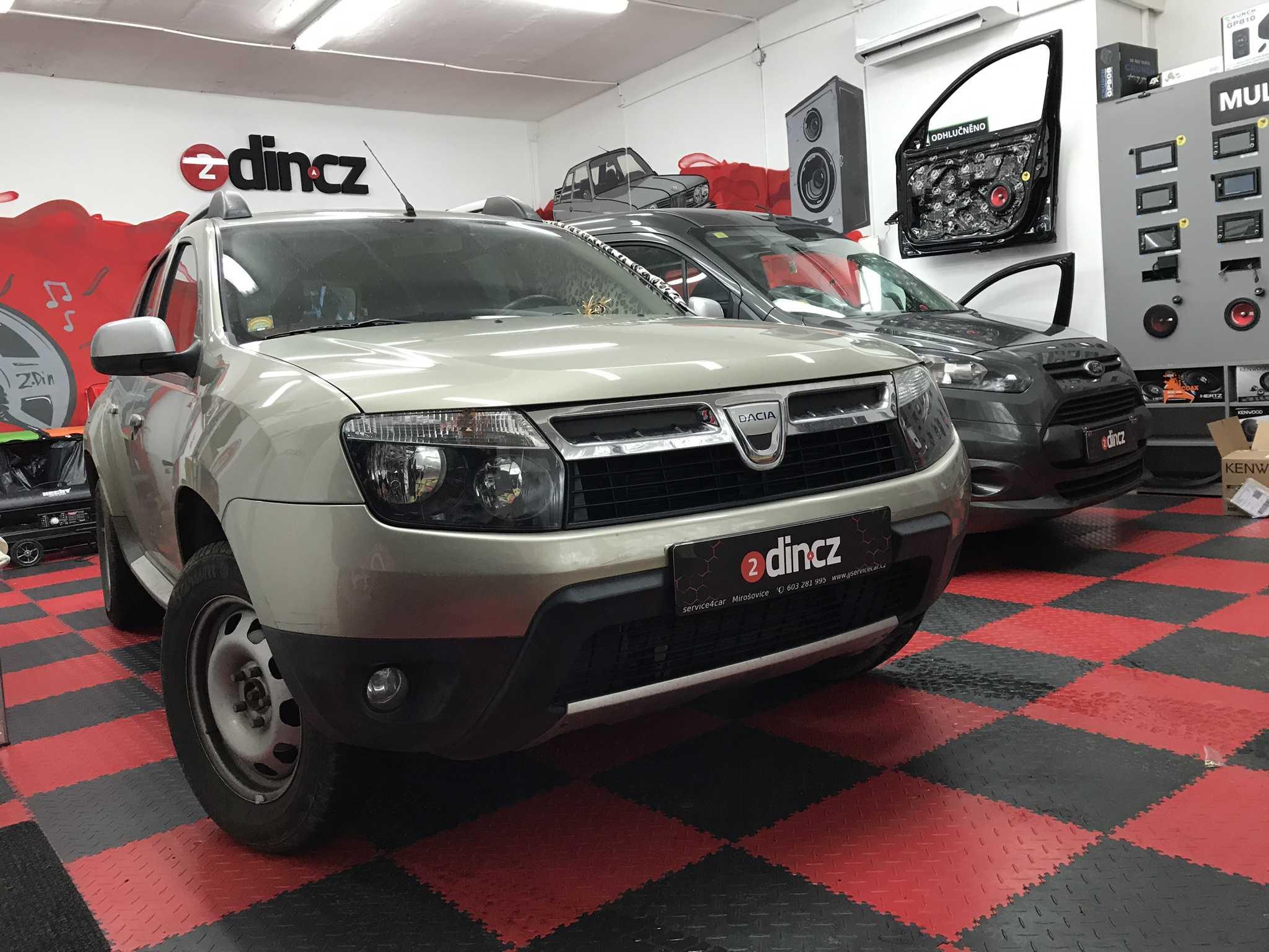 Dacia Duster - Montáž autorádia