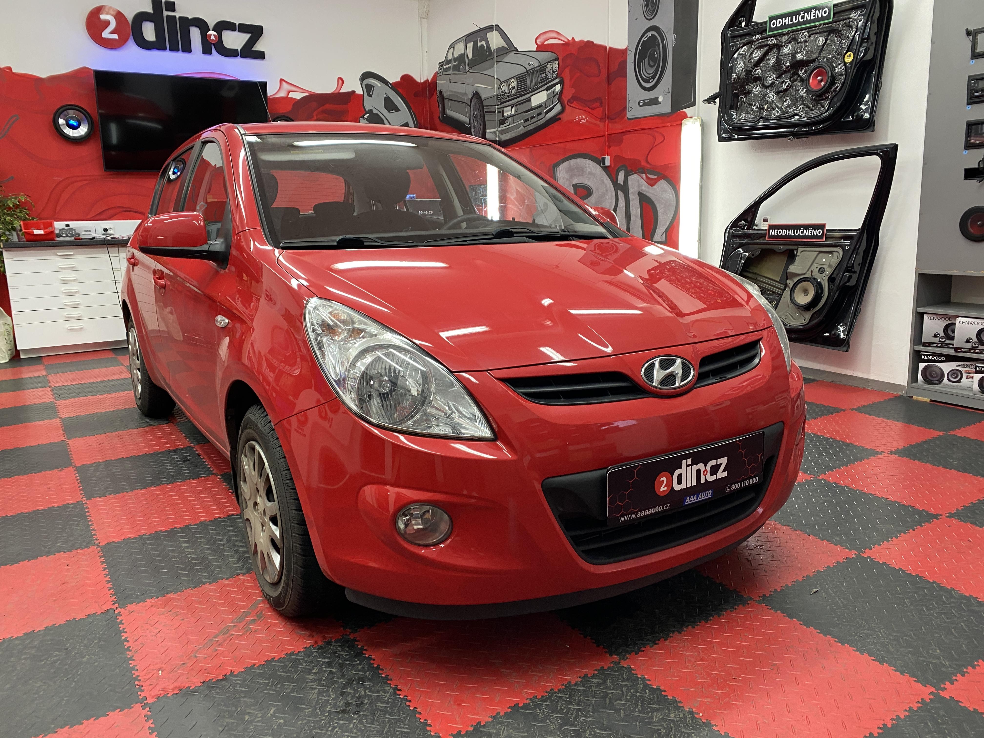 Hyundai i20 - Výměna autorádia