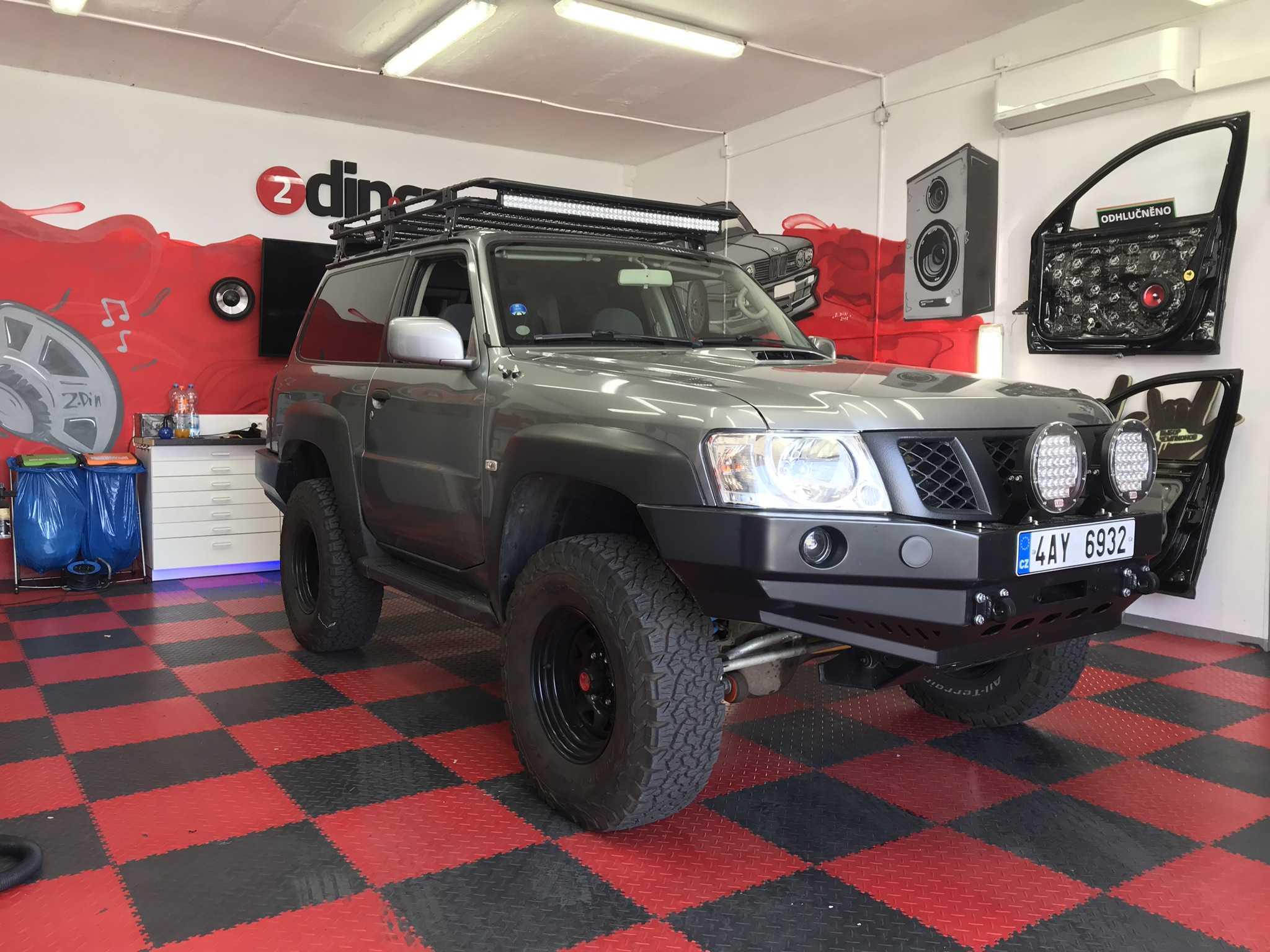Nissan Patrol - Montáž 2din autorádia s CarPlay