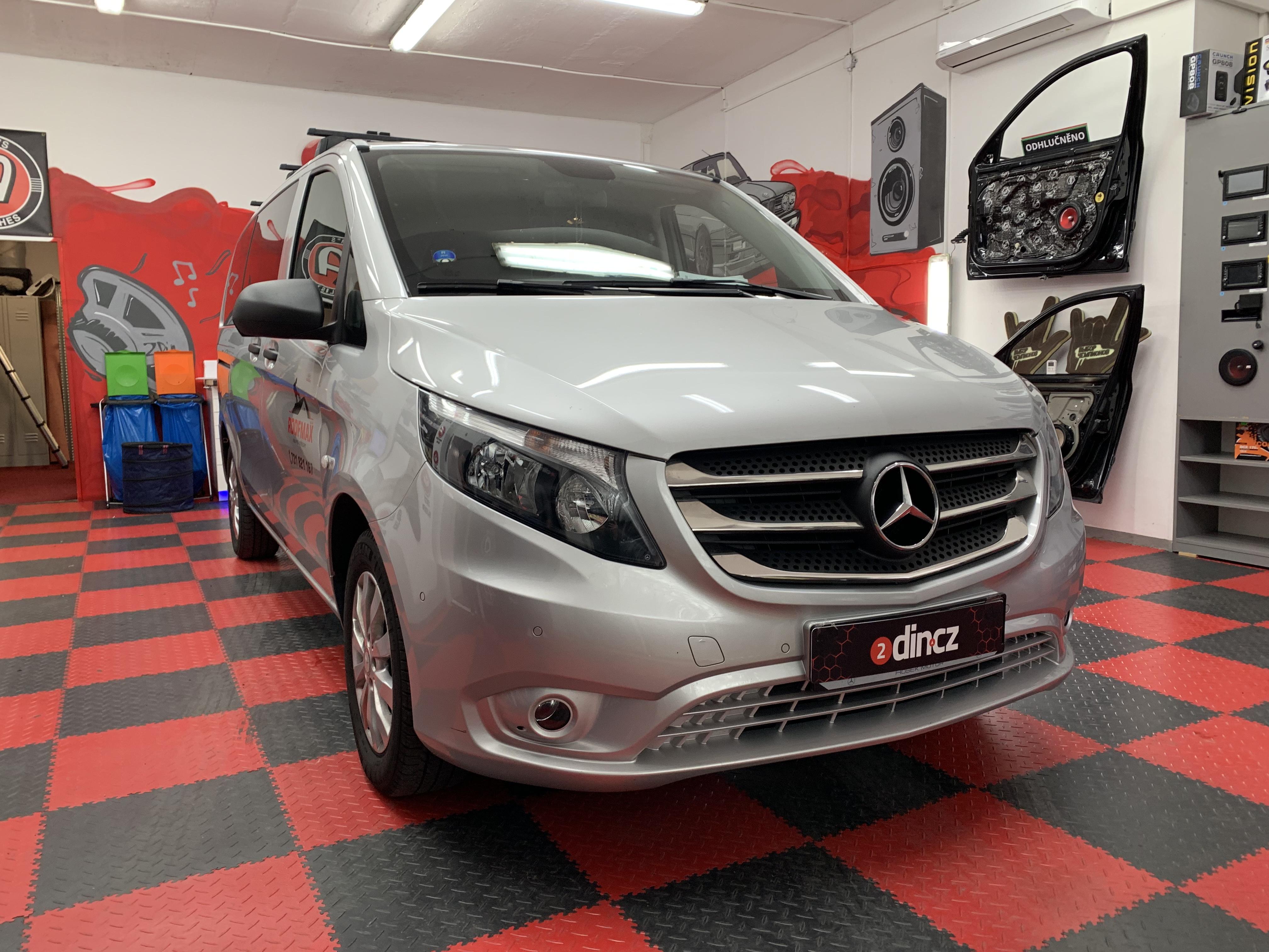 Mercedes Benz Vito - Montáž autorádia Alpine
