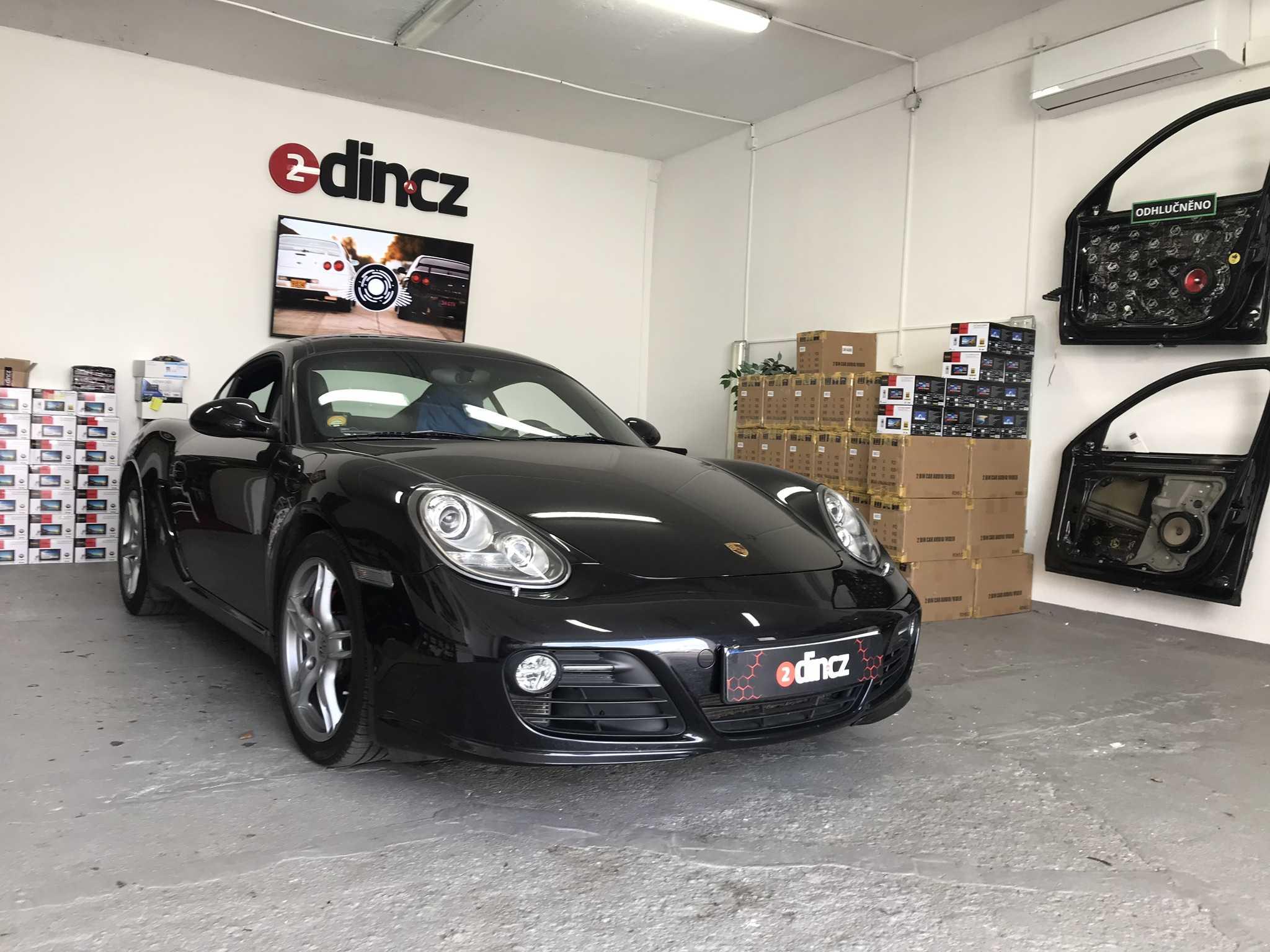 Porsche Cayman - Výměna autorádia