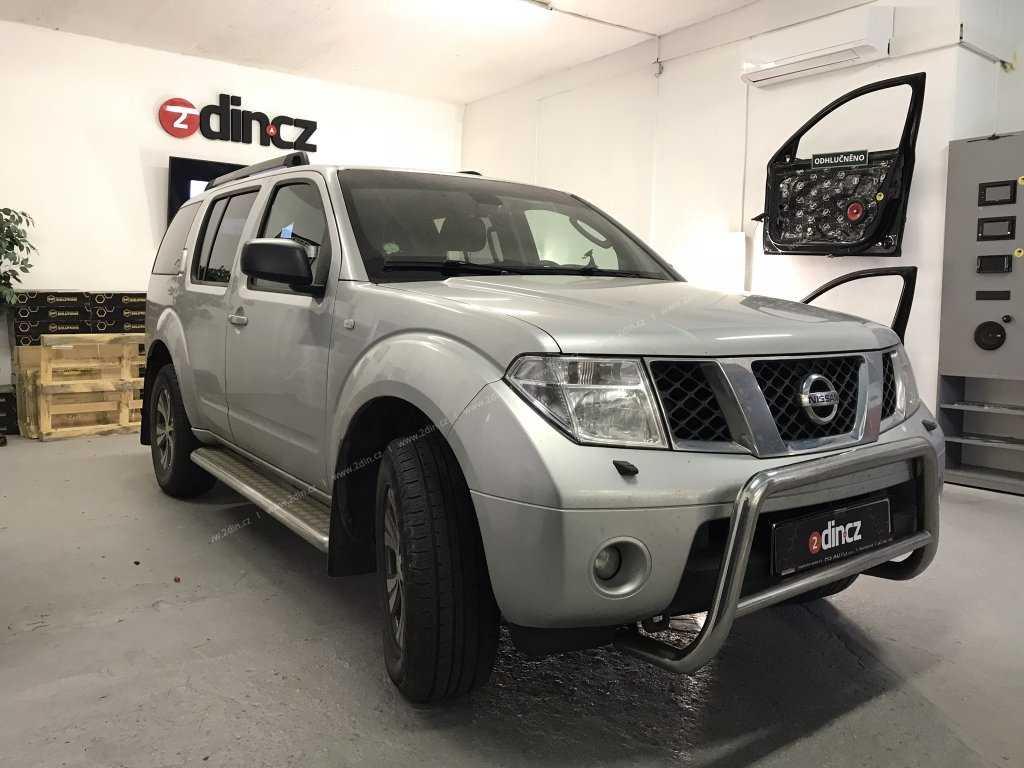 Nissan Pathfinder - Instalace autorádia s GPS