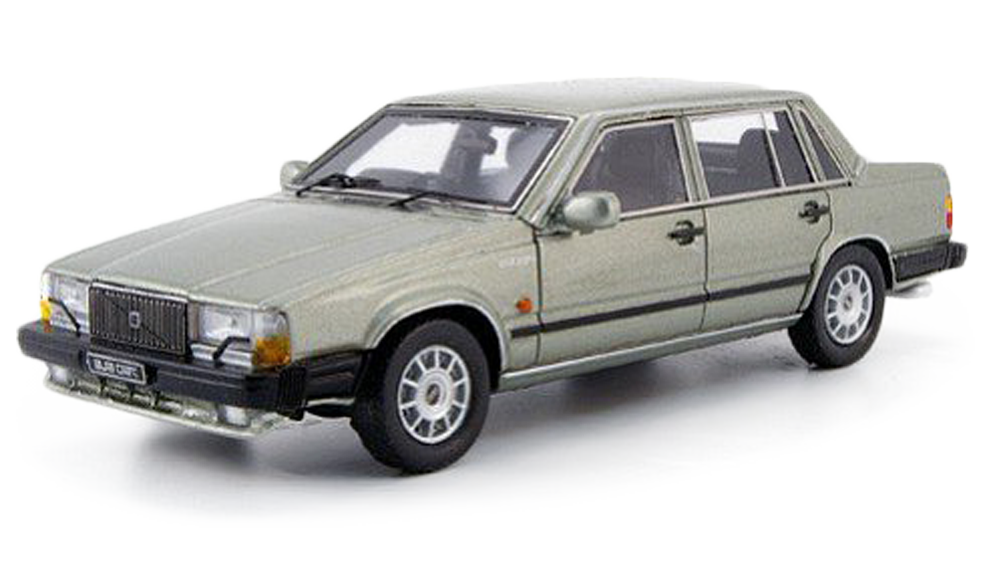 Redukční rámečky k autorádiím pro Volvo 760