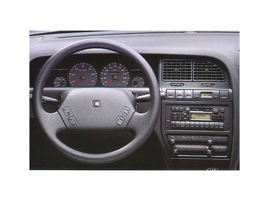 Rámeček autorádia 1DIN - Citroën Xantia UNI2