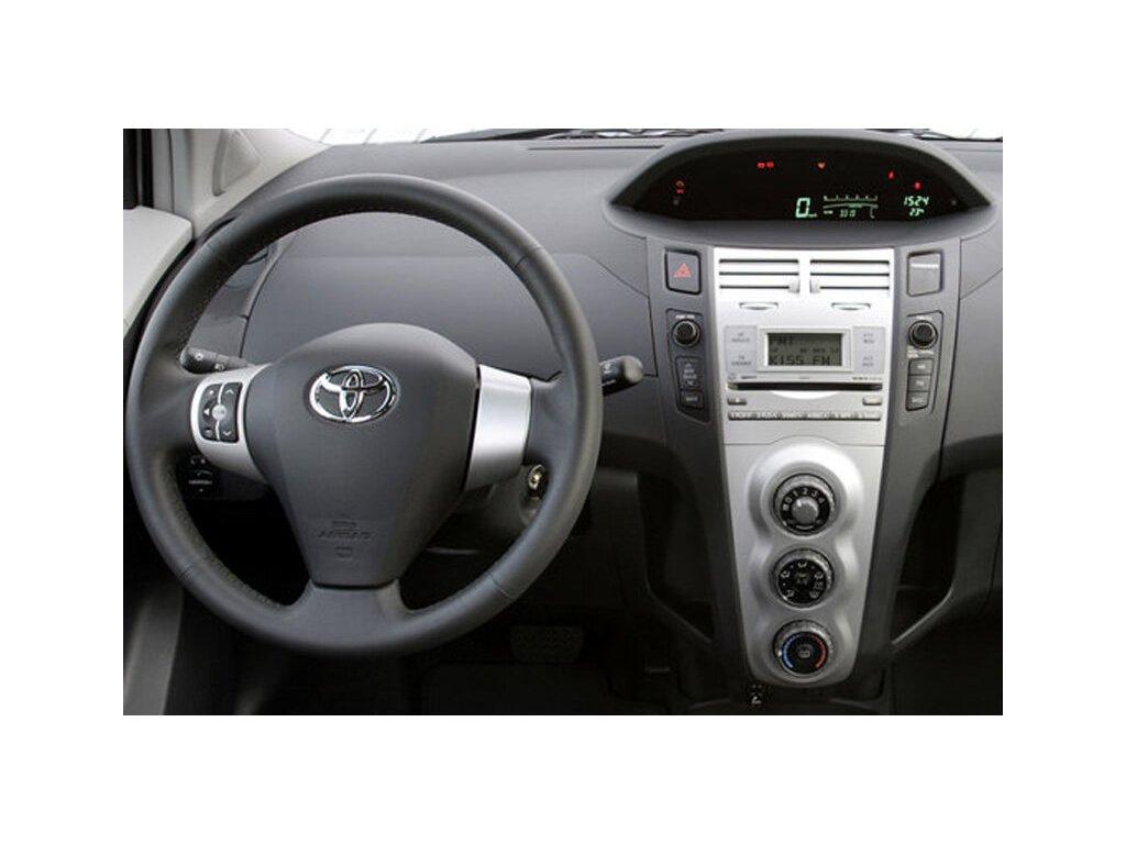 Rámeček autorádia 2DIN - Toyota Yaris UNI2