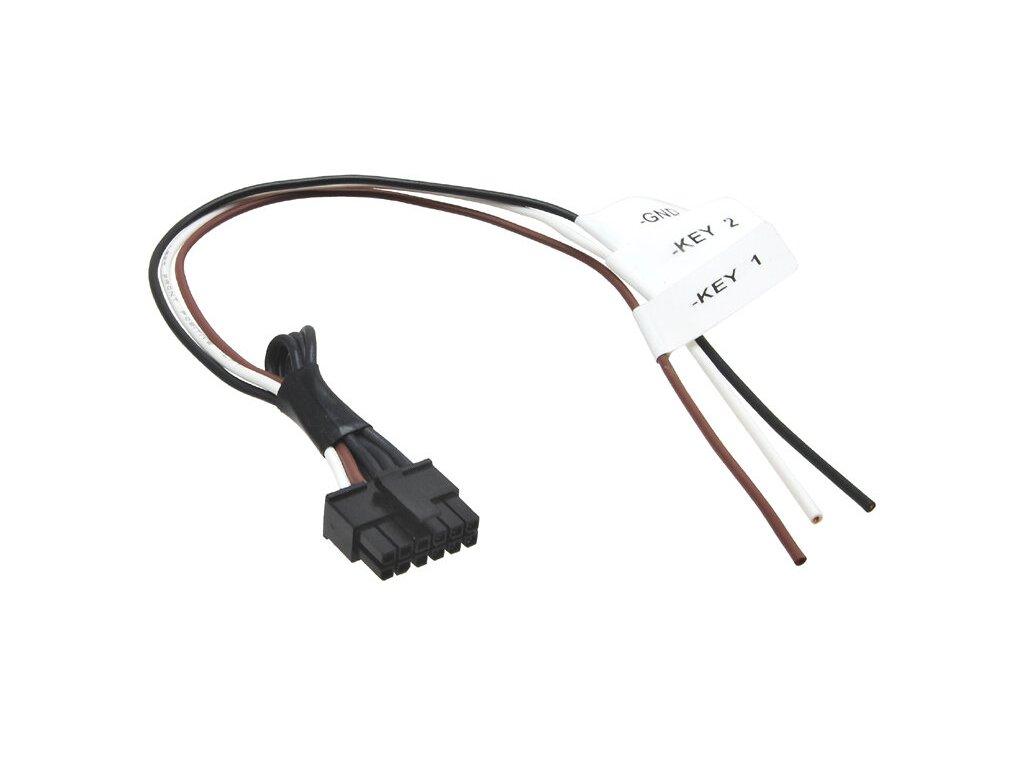 Propojovací konektor pro adaptéry na volant