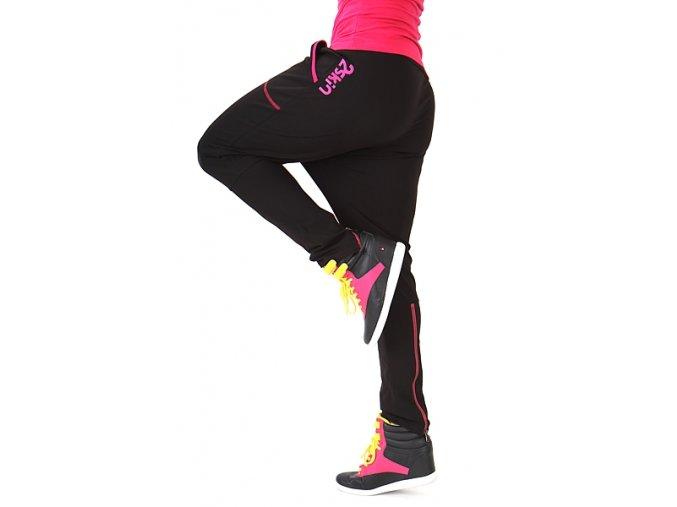 Štýlové tepláky dámske na fitness