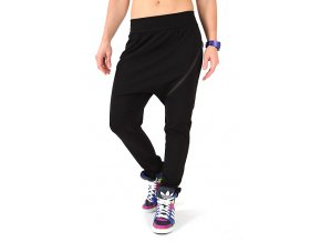 Športovo elegantné čierne nohavice dámske
