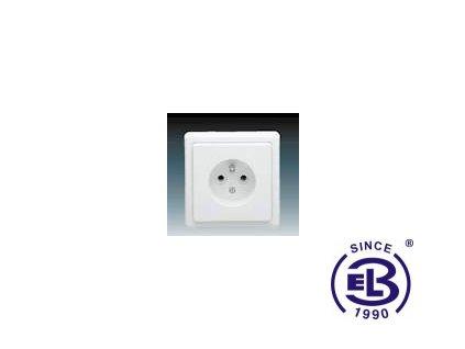 Zásuvka jednonásobná s ochranným kolíkem Classic, jasně bílá, řazení 2P+PE, 5517-2389B1 ABB