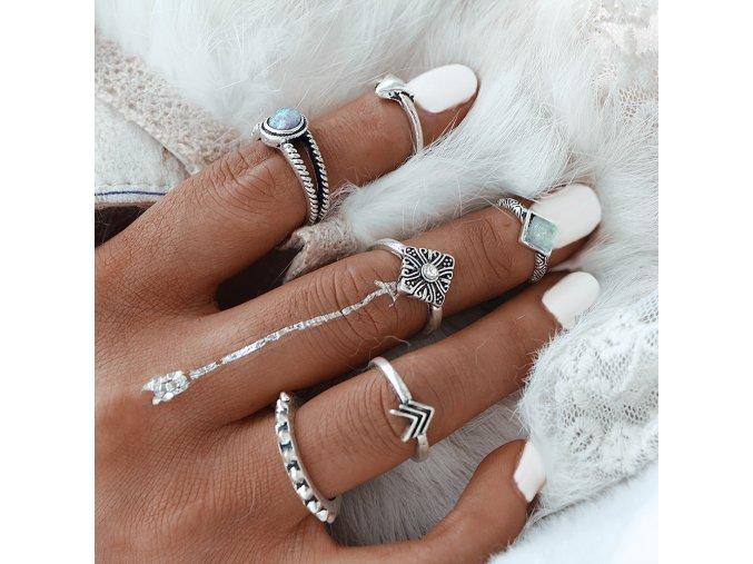 Sada 6 Vintage postříbřených prstenů