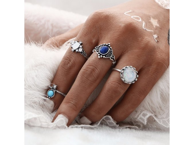 Vintage módní prsteny