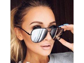 Luxusní černé zrcadlové brýle