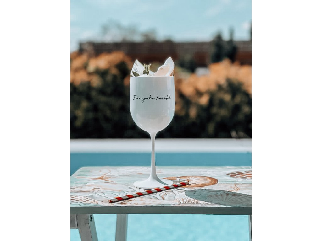"""3v1 Plastová sklenička """"Den jako korálek"""""""