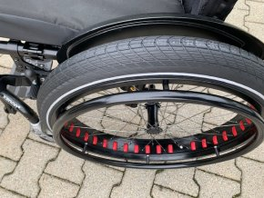 Fat wheels 1
