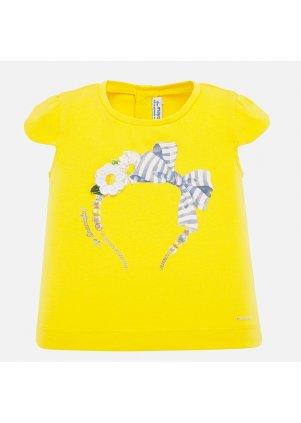 Žluté tričko s čelenkou