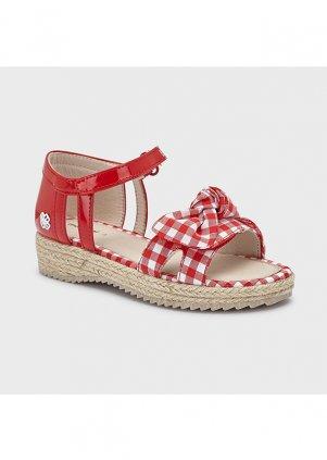 Kostkované sandály