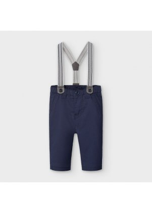 Kalhoty s kšandami, Monaco