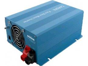 Měnič napětí Carspa SKD700UR-242 24V/230V+USB 700W, čistá sinus, dálkové ovládání, digitální display