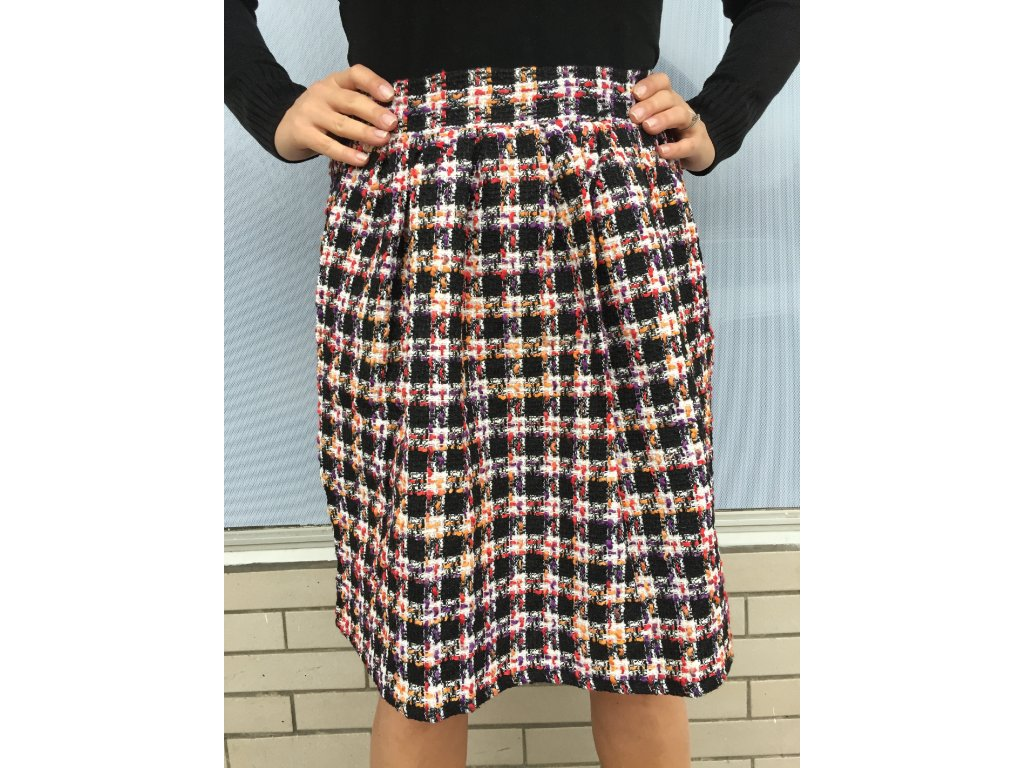Zimní elegantní a nadčasová sukně