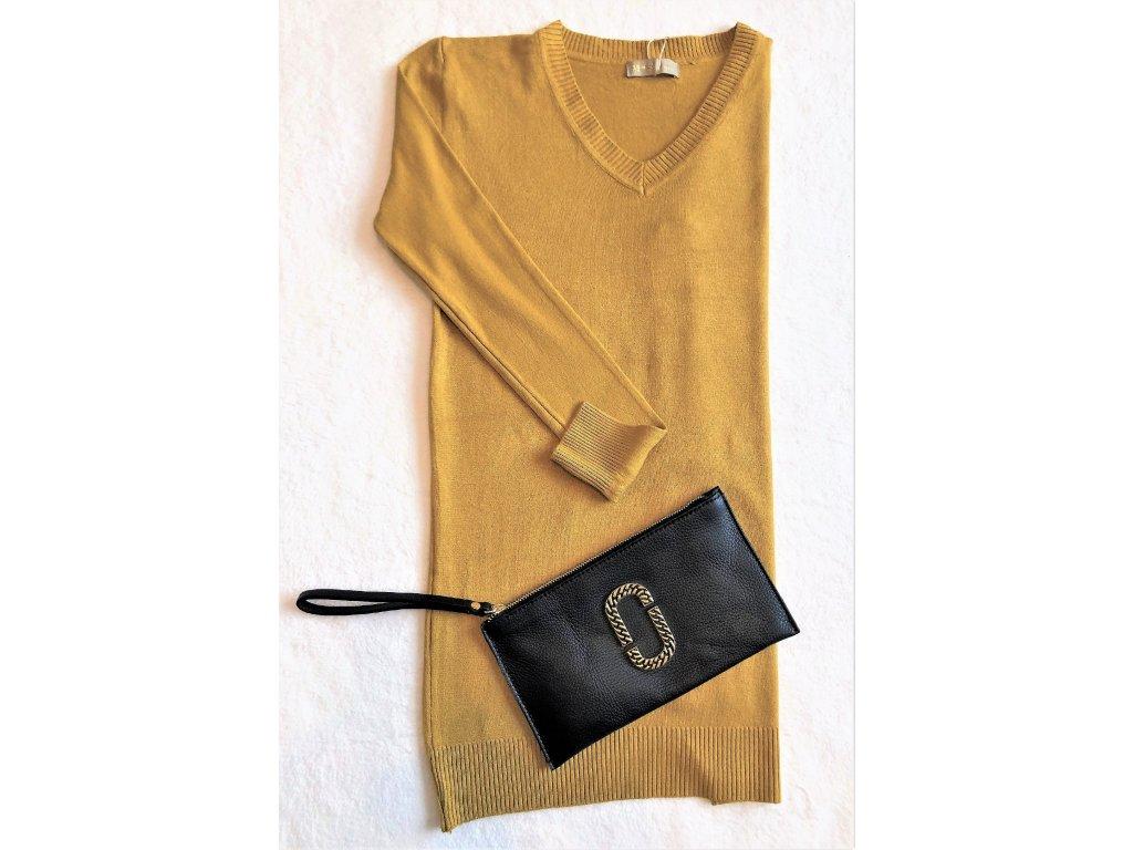 Delší svetřík v módní žluté barvě